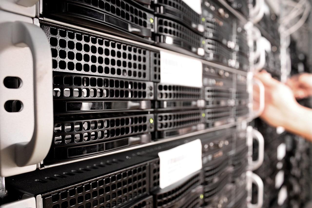 securing windows server
